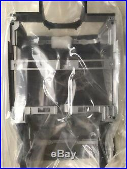 JAMES BOND 007 ASTON MARTIN DB5 18 SCALE GOLDFINGER Part 81 Chassis