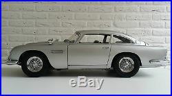 JAMES BOND 007 SCALE 18 ASTON MARTIN DB5 CAR AUTO SCHAALMODEL type B