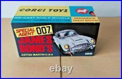 JAMES BOND'S Aston Martin DB5 Corgi Toys Car Special Agent 007 04205 New