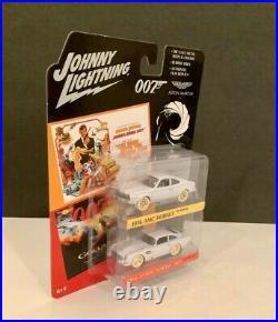 JOHNNY WHITE LIGHTNING 1974 HORNET 1964 DB5 James Bond 007 2 PACK CHASE 2020