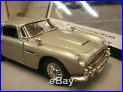 James Bond 007 Aston Martin DB5 / Danbury Mint / MIB with Movie photo