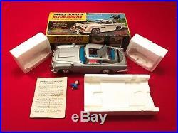 James Bond 007 Gilbert Aston-martin Db5 Battery Tin Toy