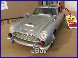 James Bond 007 gilbert toys aston Martin db5 made in Japan 1965 working rare