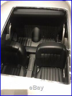 James Bond DB5 Aston Martin 1/8 Scale Build Your Own Eaglemoss READ DESCRIPTION