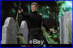 James bond 007 roger moore did dragon figure hot toys aston martin corgi 12 1/6