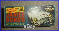 James bond Early 1967 DB5 Aston martin Corgi 261 boxed inc Sealed instructions