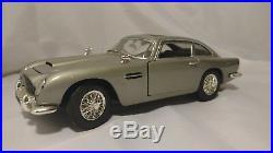 Joyride Studios Goldfinger James Bond Aston Martin DB5 Diecast 118