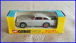 RARE 1966 Corgi JAMES BOND 270 Aston Martin die cast Goldfinger toy car orig box