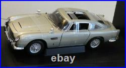 Rare Autoart 1/18 Aston Martin Db5 Goldfinger James Bond 007 Car 70021 Boxed