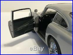 Rare Danbury Mint 124 Aston Martin DB5 James Bond 007 Diecast Miniature Car