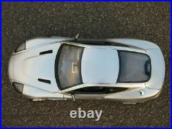 Rare Kyosho 1/12 Scale Diecast Aston Martin V12 Vanquish 007 James Bond