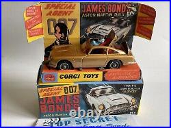 Restored Corgi 261 James Bond Aston Martin DB5