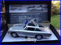 Scalextric James Bond Aston Martin DB5 With Gadgets GOLDFINGER