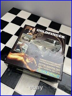 Scalextric James Bond Goldfinger Aston Martin DB 5 No 3677/6500 Ltd Edition