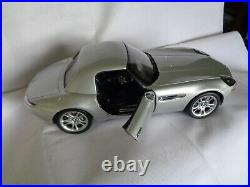 The James Bond 007 BMW Z8 with large Acrylic Top display case DANBURY MINT
