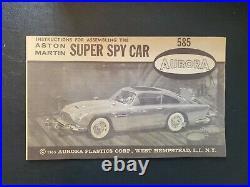 Vintage Aurora Aston Martin Super Spy Car James Bond Kit 585