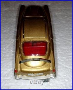 Vintage Corgi Gold James Bond's Aston Martin Db 5 #261 In Box With 2 Guys