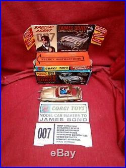 Vintage Corgi Toy 261 The James Bond Aston Martin D. B. 5