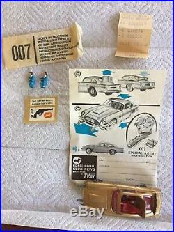Vintage Corgi Toys 261 James Bond 007 Gold Aston Martin DB5 Goldfinger Mint